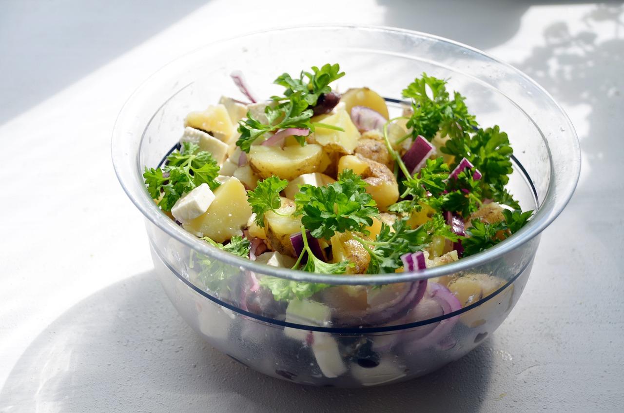 Kartoffelsalat - der Klassiker für ein einfaches Weihnachtsmenü