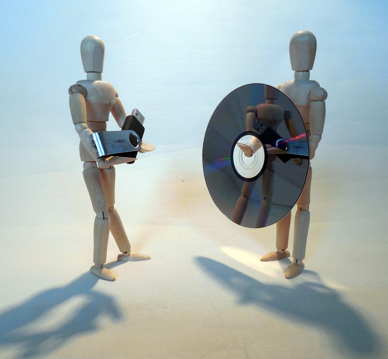 Datensicherung auf CD/DVD-Rohlingen oder Sticks und Festplatten?