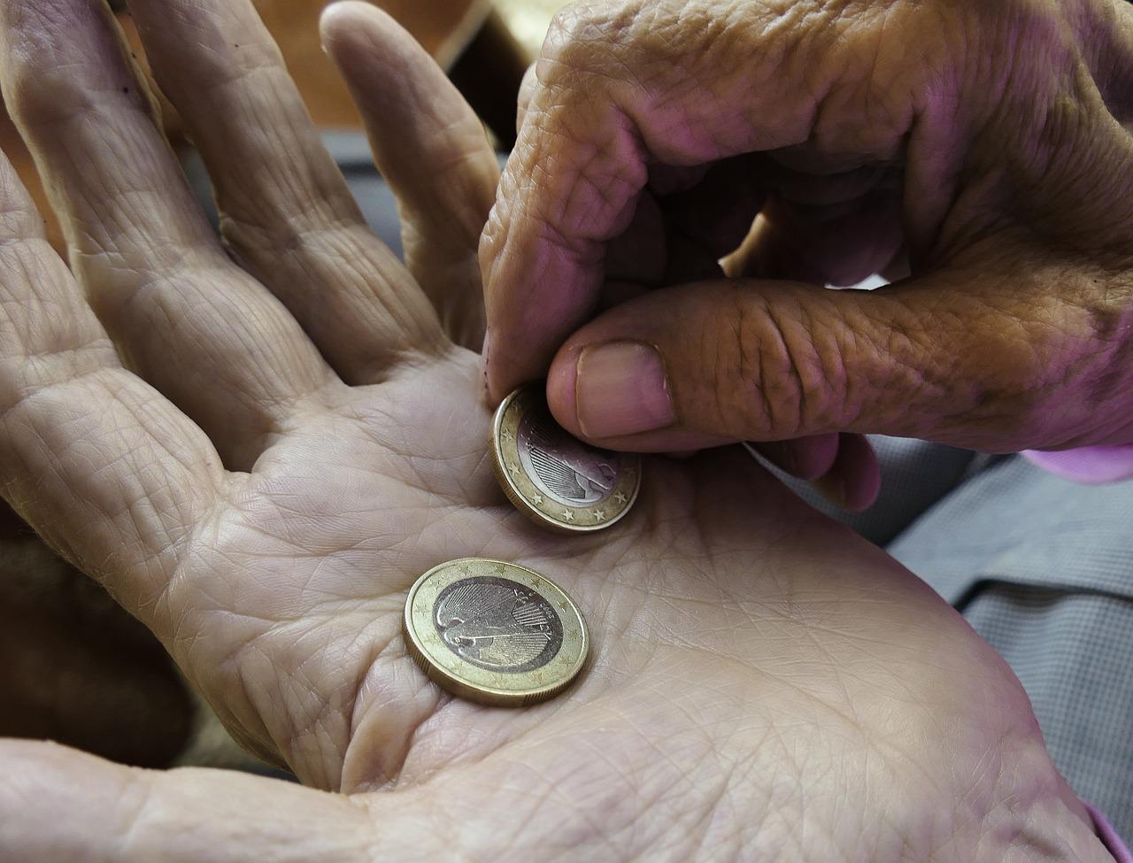 Von Neuerungen in den Regelungen der Rente sind im Jahr 2018 alle Rentner betroffen