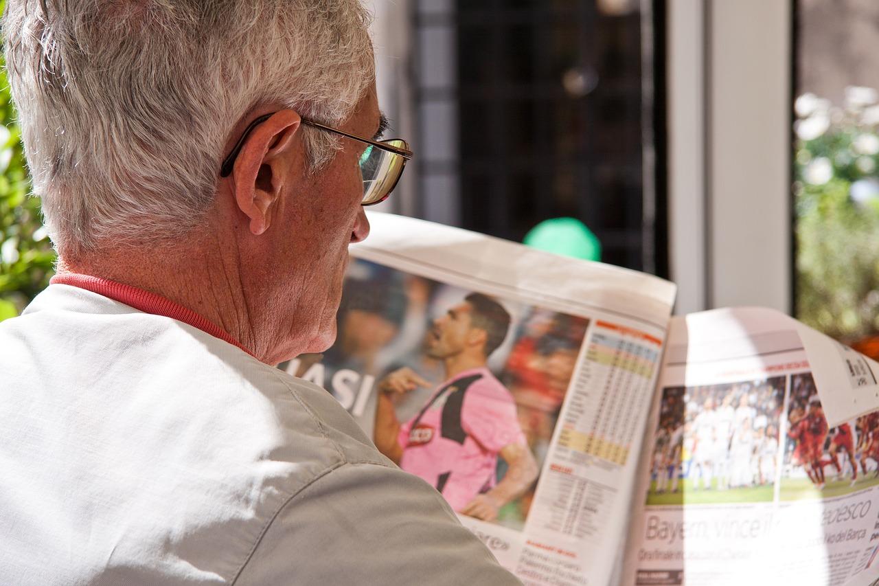 Lesen hält im Alter fit und verlängert das Leben um bis zu 2 Jahre