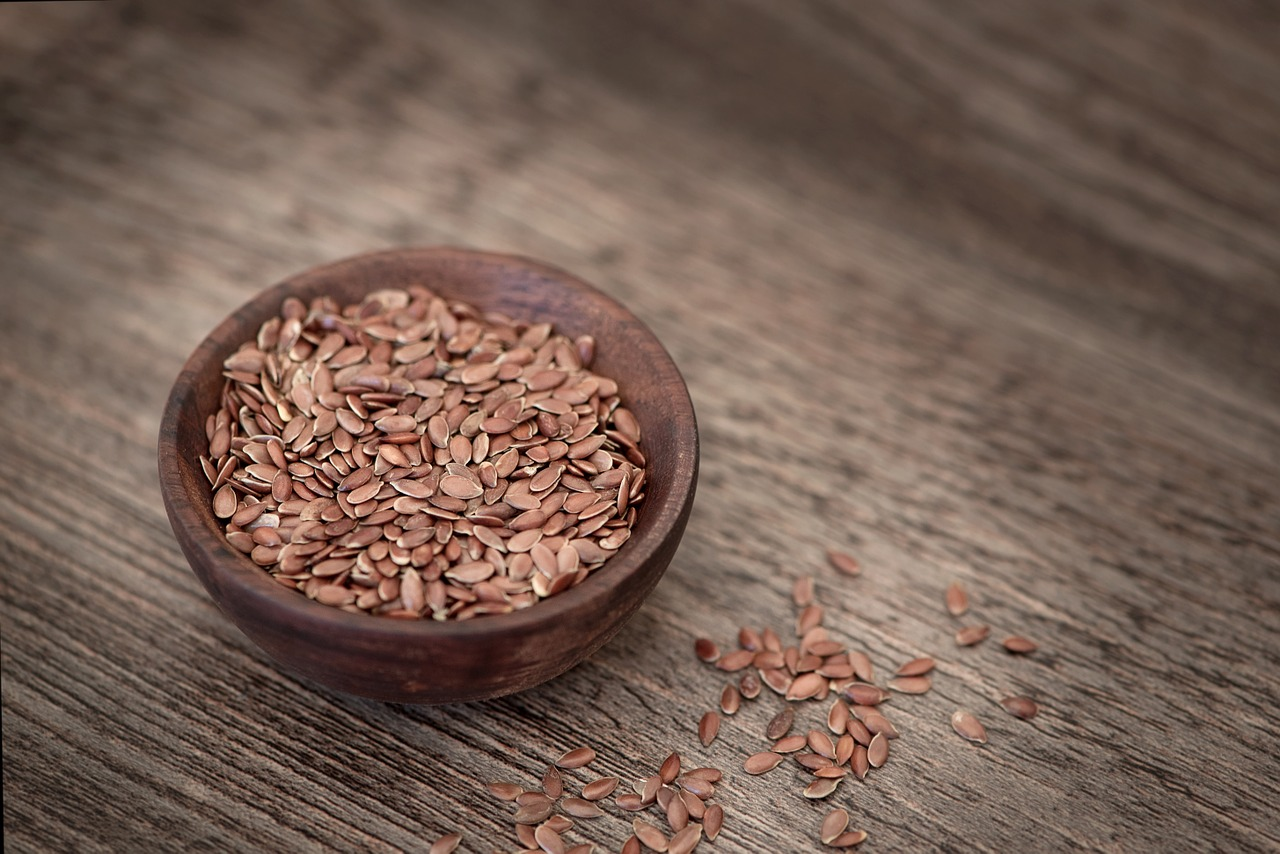 Leinsamen sind einer der größten Lieferanten für lebenswichtige Omega-3-Fettsäuren