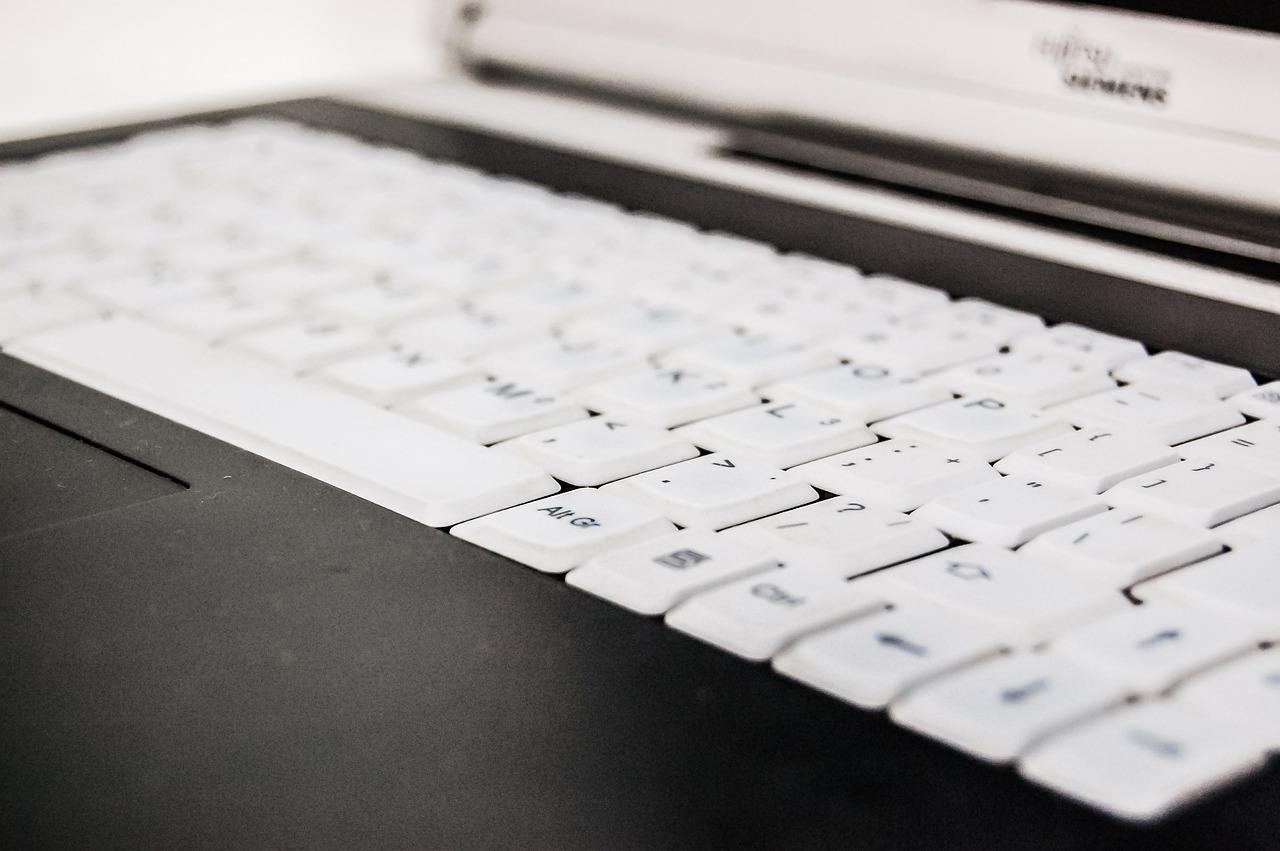 Computerwissen für Senioren - Vor dem Computer brauch man keine Angst haben