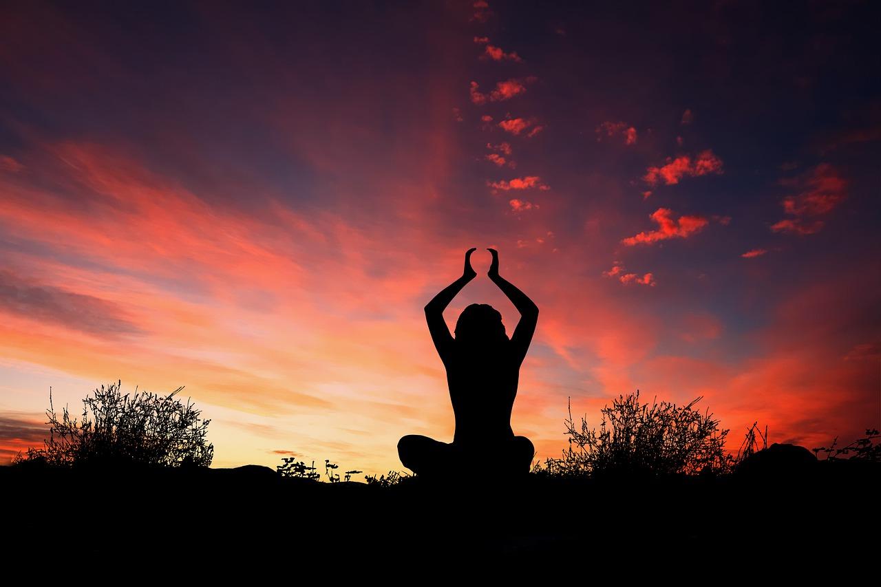 Yoga für Senioren - Welche Übungen sind hilfreich?