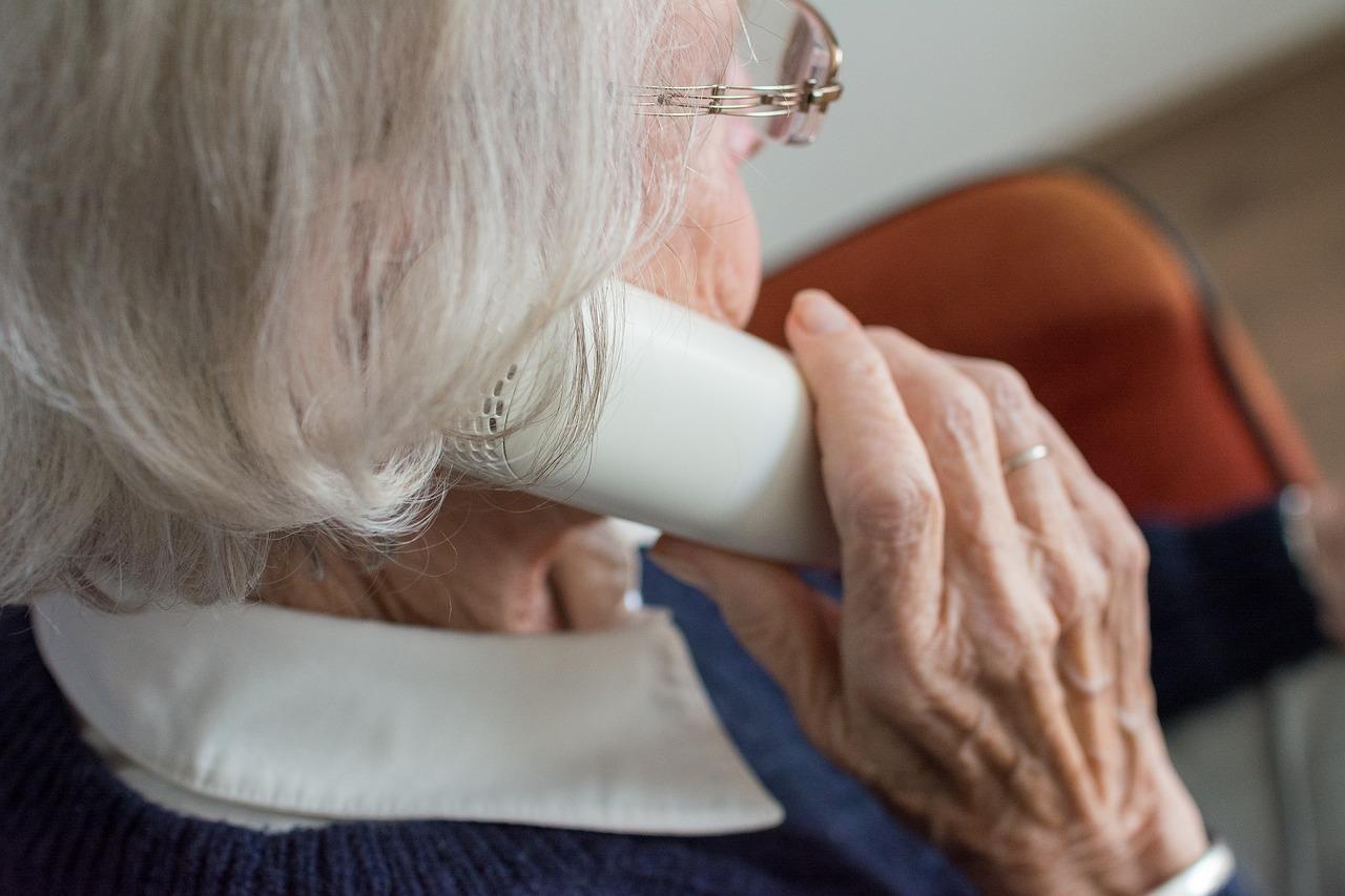 Seniorenabzocke über das Telefon - so können Sie sich schützen