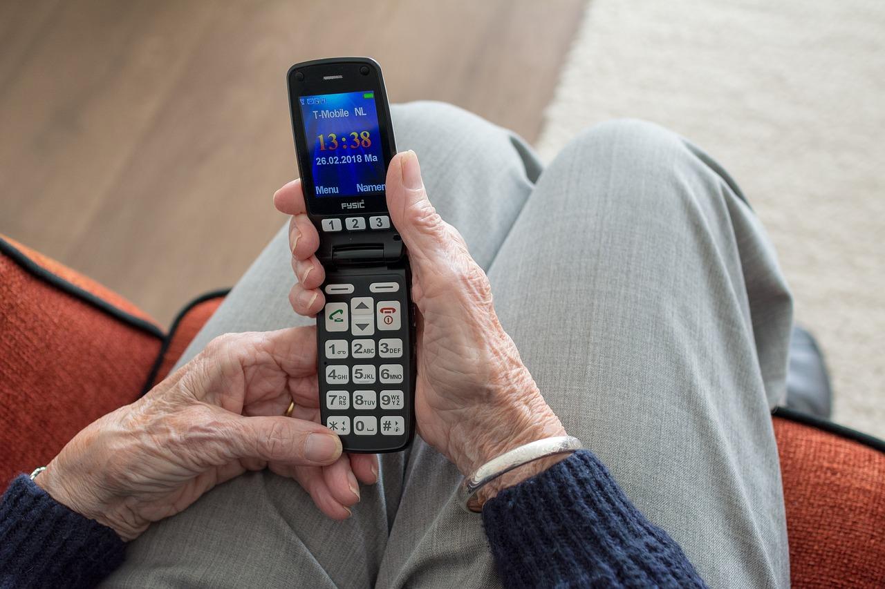 Abzocke über das Telefon - informieren Sie die Polizei