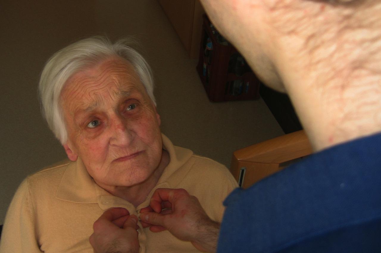 Demenz - Erkennung und Therapie für Senioren