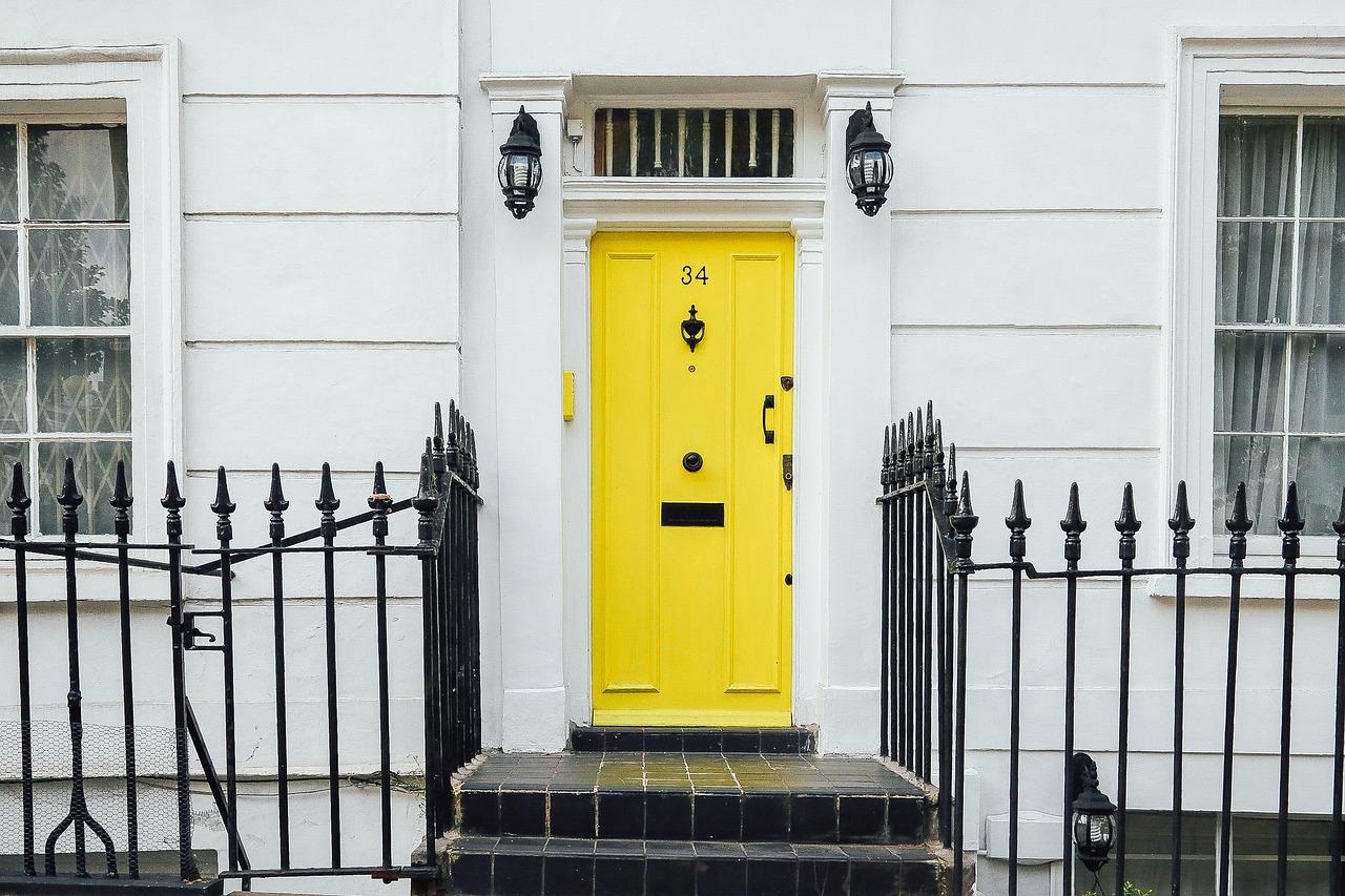 Trickbetrüger an der Haustür - So schützen sich Senioren
